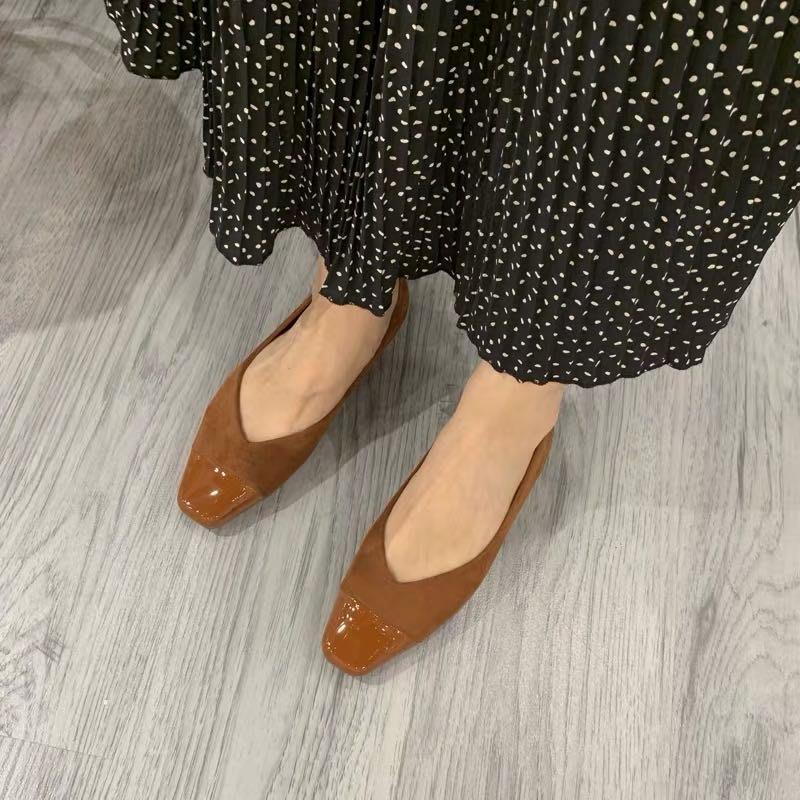 現貨咖啡 39 秋冬新品小香風绒面拼接漆皮低跟鞋平底鞋