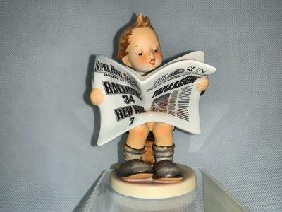 盒裝德國喜姆娃娃Goebel M.I.Hummel 編號184 Latest News TMK8 2001年超級盃限量版