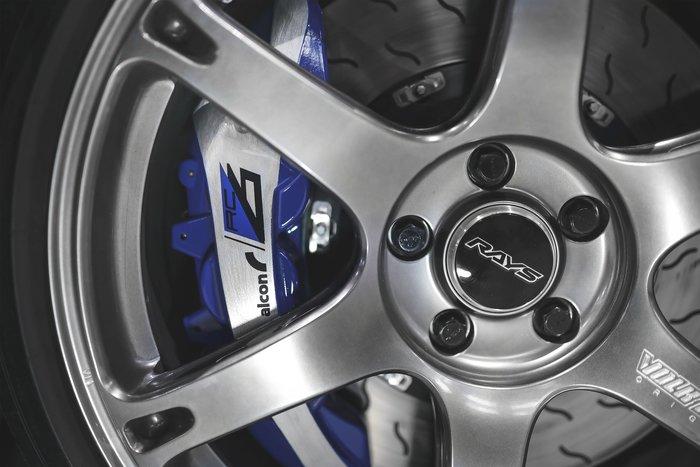 德朋國際/公司貨 ALCON RC6 六活塞卡鉗 Volkswagen Golf R實裝