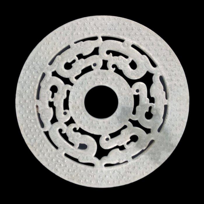 《博古珍藏》雞骨白鏤空雕螭龍紋玉璧擺件.110公克.早期收藏.老件文物.感恩特賣.超值回饋