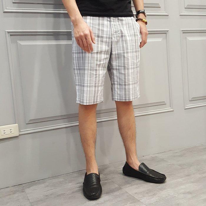 【現貨】男 Calvin Klein 灰白 格子短褲 保證正品 歡迎來店參觀選購