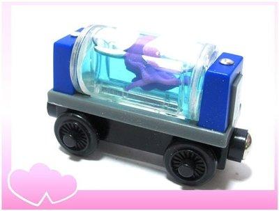 愛卡的玩具屋㊣正版 THOMAS 湯瑪士和他的朋友@ 磁性 原木小火車頭 @-AQUARIUM CAR-章魚車廂