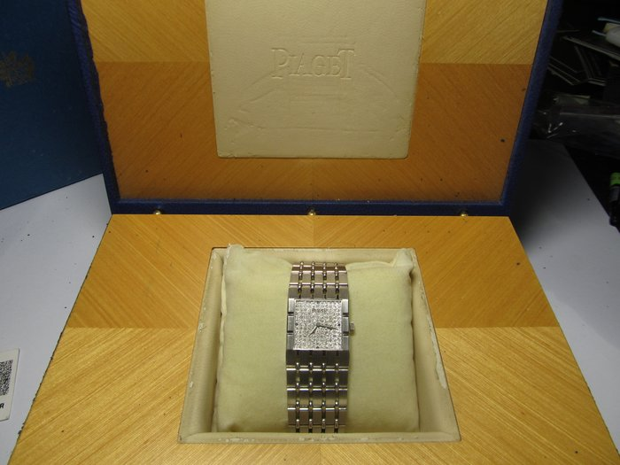 收藏家之21 PIAGET 伯爵18K 整隻原裝原鑲鑽~已蒙帥哥醫師第二次回購青睞收藏 非常感激