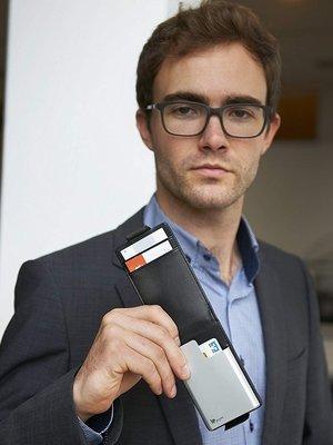 【露西小舖】德國TROIKA防RFID盜刷多功能卡夾防感應卡夾防RFID盜刷信用卡卡夾防NFC側錄卡夾女男適用