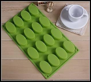 16連橢圓矽膠蛋糕模 矽膠蛋糕模具 乳酪蛋糕模 皂模~MJ的窩~