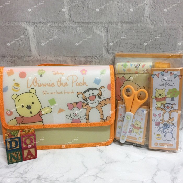 【Dona日貨】日本迪士尼store限定 小熊維尼小豬跳跳虎小baby模樣 文具組 C32