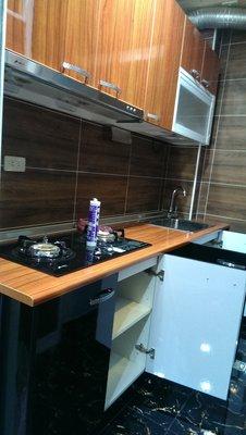 亞毅系統櫥櫃吊櫃流理台歐化廚具 人造石 L型流理台 一字型流理台 不鏽鋼檯面 不鏽鋼桶身全省安裝