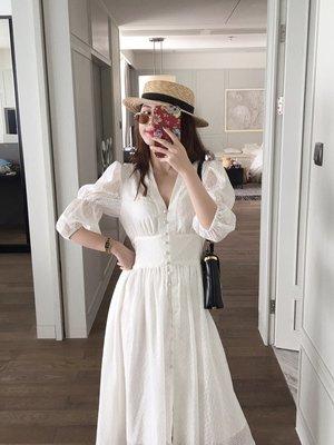 顯瘦長洋裝韓版V領排釦泡泡袖鉤花法式度假連身裙(新品)預購