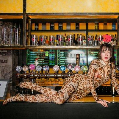 情趣內衣 冰絲死水庫 情趣服 性感豹紋情趣內衣睡衣女緊身連體衣本全身誘惑騷夜店激情兔子女王
