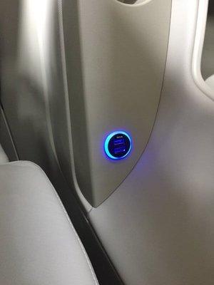 (柚子車舖) 豐田 2006-2017 VIOS 正廠車美仕套件 2.1A 雙孔 USB 圓形款充電座 a