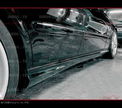 賓士 BENZ W211 AMG 側裙 E63 E55 E320 E280 E200 E350