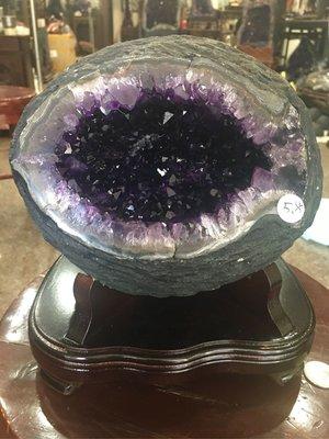 烏拉圭小紫水晶洞