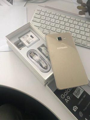 SAMSUNG A9 32G 行貨 無花 99.99%新 未開封配件連盒
