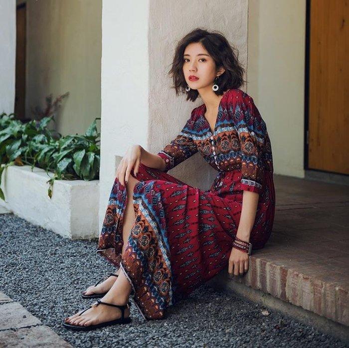 普吉島沙灘裙女夏2018新款海邊度假泰國風情裙子中袖復古連身裙仙