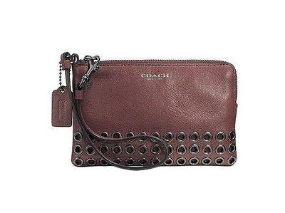 美國名牌COACH 52074 BLEECKER專櫃新款皮革磚紅色金屬扣眼L型手拿包現貨在美特價$1680含郵
