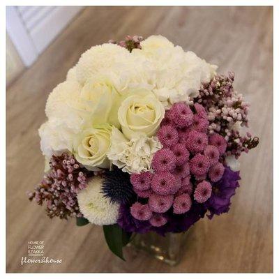 F20-新娘捧花。白紫色系手綁花。拍照捧花。結婚捧花。求婚。【Flower&House花藝之家】