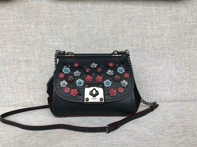 完美精品代購 COACH 59524 新款女士DRIFTER立體貼花鏈條斜挎包  單肩包 時尚百搭 附代購憑證