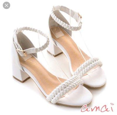 二手 amai 白色空靈感麻花一字粗跟涼鞋 37號 可面交