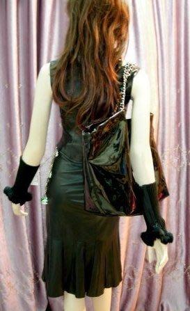 拉鍊邊有瑕疵【PRADA】黑色超軟小羊皮美人魚荷葉裙擺皮裙