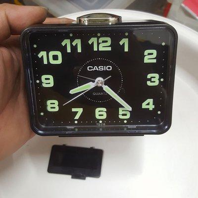 漂亮 CASIO 時鐘 不會走 需整理 非 SEIKO OMEGA CK IWC TITONI TELUX Rolex 機械錶 三眼錶 Read Q箱