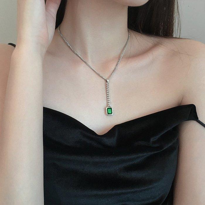 【極簡時尚】純銀方形幾何祖母綠吊墜項鍊氣質長鍊鎖骨鍊