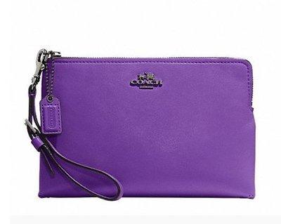 ** Coach 52115 紫色全皮 L型拉錬手拿包  (2400元)