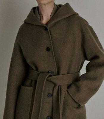 *Her Hanna* 韓國設計製造 韓國高端設計師品牌高質感時尚長大衣 優雅handmade手工羊毛連帽長大衣 月升之江ME21011001