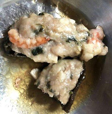 【萬象極品】一品參(10入)/約500g~將蝦仁等海鮮料理鑲在海參腹中,蒸熟後加入蠔油即成一道宴客料理