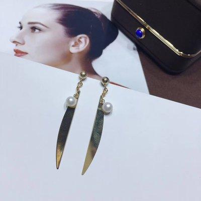 加恩簡約新款設計14k注金幾何葉子耳環 7-8mm淡水珍珠s925銀耳針耳環12311