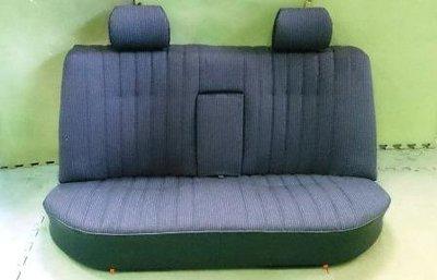 W123 賓士 200 骨董車 原廠後座椅(布面.品相超完整)