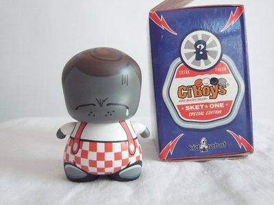 kid robot x Sket One x C.i.boys 2吋POKA---Fat Boy