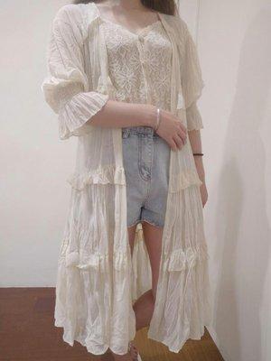 韓國代購 現貨 正韓女裝溫柔透膚七分縮口袖蛋糕長版雪紡長罩衫 防曬外套 杏色