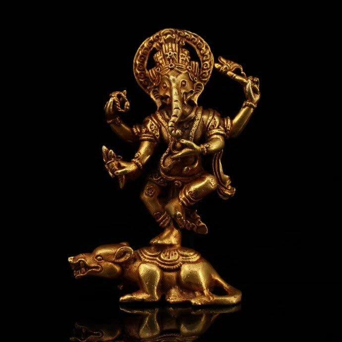 一0514  尼泊爾純手工打造尊純銅鎏金《象鼻財神》重124克 高9釐米 寬5釐米...