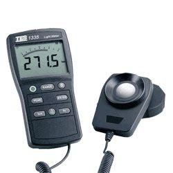 TECPEL 泰菱 》TES 泰仕 TES 1335 照度計 LUX FC 自動補正 現貨 TES-1335 數位照度計