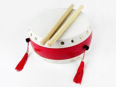 【寶寶打鼓 】台灣製.6吋半 牛皮鼓【 附鼓棒2支】高品質.質感極優《打擊樂器牛皮鼓》