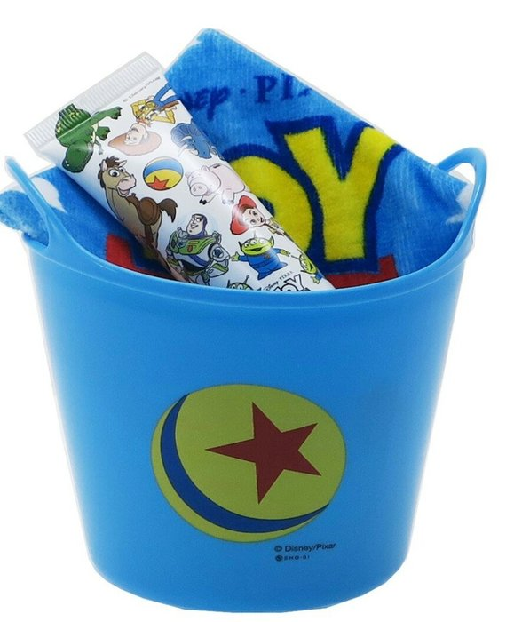 天使熊雜貨小舖~迪士尼-玩具總動員小桶禮品(收納桶、護手霜、迷你毛巾)全新現貨