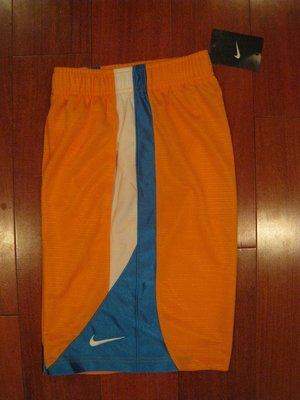 Nike 男童運動短褲 尺寸S . L (此為加購商品, 購買原價商品5樣以上才可加購)