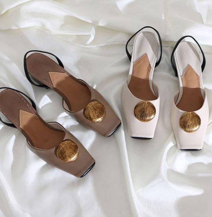 現貨【鳳眼夫人】獨立設計品牌訂製款 2色 真皮復古個性金屬韓版粗跟方頭穆勒鞋 百搭時尚粗跟涼鞋鏤空涼鞋兩穿包頭拖鞋懶人鞋