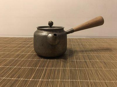 日本 錫 茶壺  錫鍍銀  老錫壺 老錫罐  銀壺 側把壺 木把壺 急須