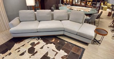 HODERN POLTRONA COME TOGETHER- 高品質訂製沙發,義式進口布款/駝色皮革底框/高支撐高密度泡棉/原廠內縮鋼管腳座,請鑑賞