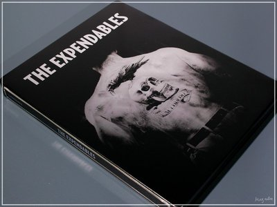【BD藍光】浴血任務:三碟限量鐵盒版The Expendables(DTS-HD 7.1)-席維斯史特龍