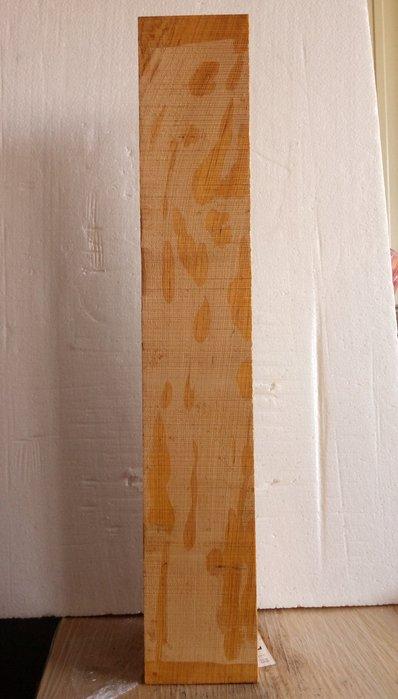 【九龍藝品】檜木 ~ 4寸角,長約72cm  3 可各種運用