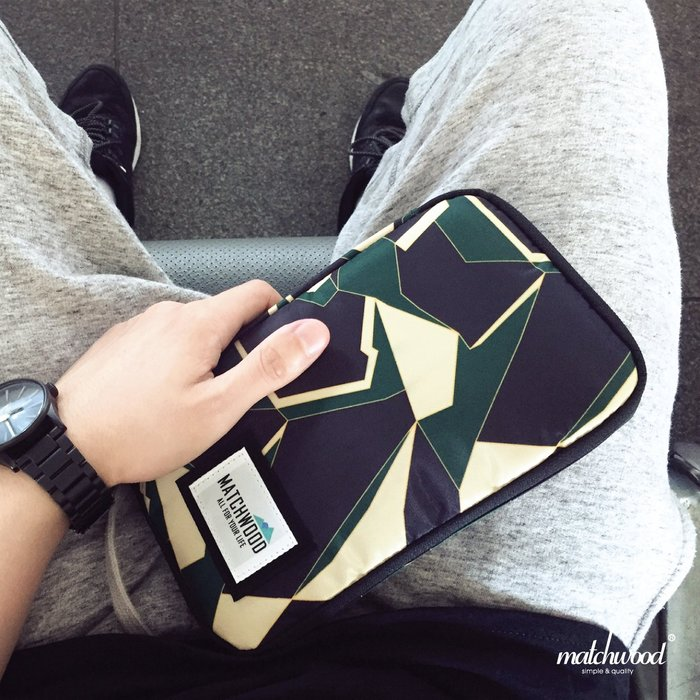 【Matchwood直營】Matchwood Universal 護照包 護照夾長夾機票證件 綠幾何迷彩款 超取免運優惠