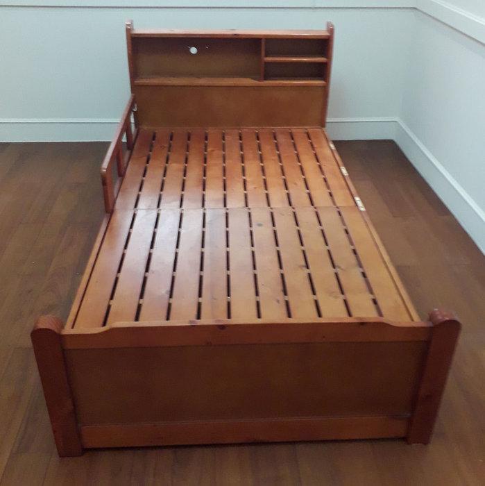 二手傢俱推薦【樂居二手家具館】B0105BJJH 柚木色3.5尺床架 床底 床墊 床頭櫃 床架 台北新竹桃園苗栗彰化衣櫃