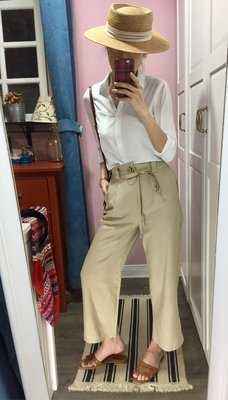 Miolla 法國品牌Cache Cache淺卡其休閒款腰際綁帶九分直筒褲