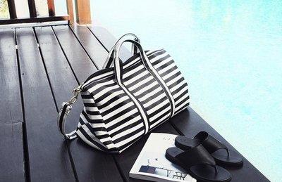 條紋旅行包旅行袋 大容量手提單肩包-2色「預購」Regina Shop【LG6060106】