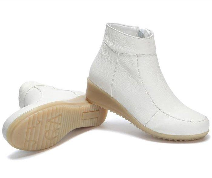護士鞋女冬季加絨棉鞋白色軟底坡跟牛筋冬天保暖短靴