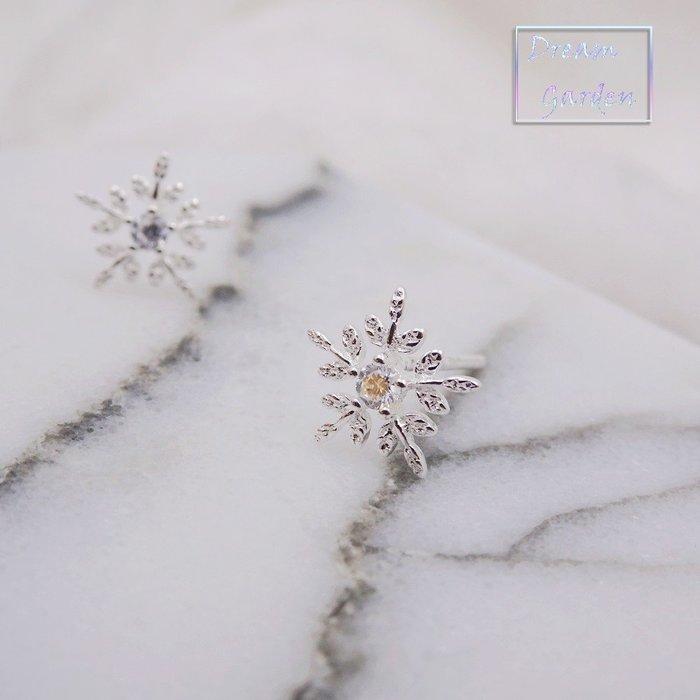 925純銀 冰雪奇緣 清新 甜美 雪花耳針 鑲鑽  生日禮物 附拭銀布 禮盒包裝服務 #Dream Garden#