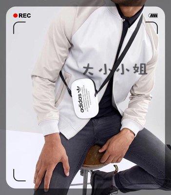 Adidas 手機包 零錢包 斜背包 側背包 愛迪達 迷你包 小方包 男女適用 新款DH3219 日本限定版