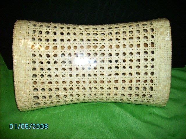 藤製枕頭R4511---$280(不含運費及稅金)